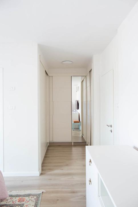 חדר הארונות