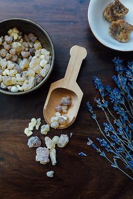 frankincense_amber_lavender.jpg