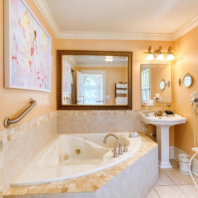 River Lily Bathroom
