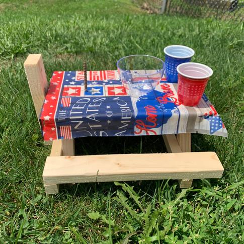 Patriotic Squirrel Picnic Table