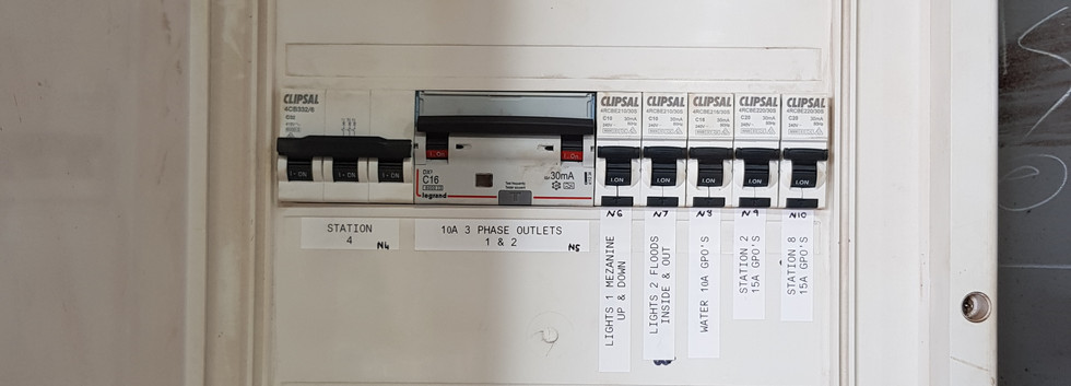 Here is one of our completes industrial switchboard following is the insides of this job