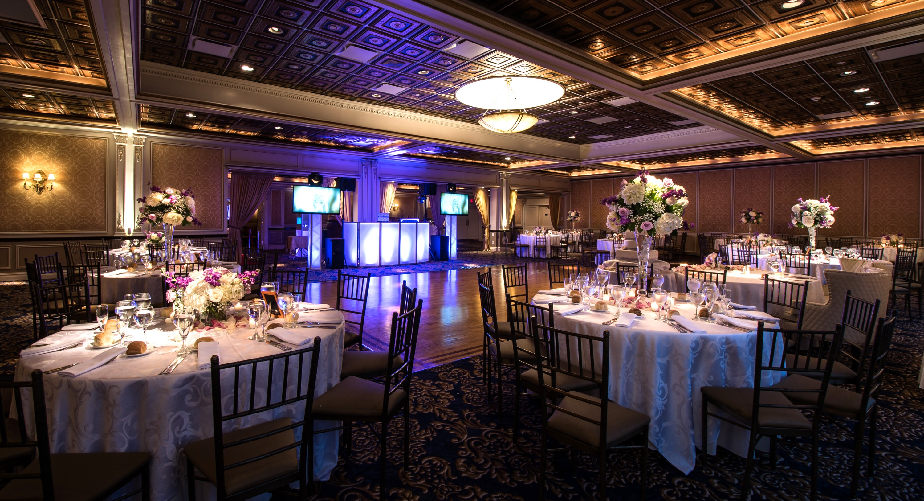 reception-hall-night-vip-country-club-18