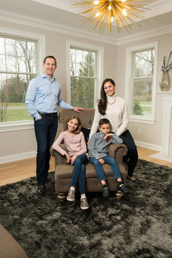 gresh-family-181124-0039.jpg