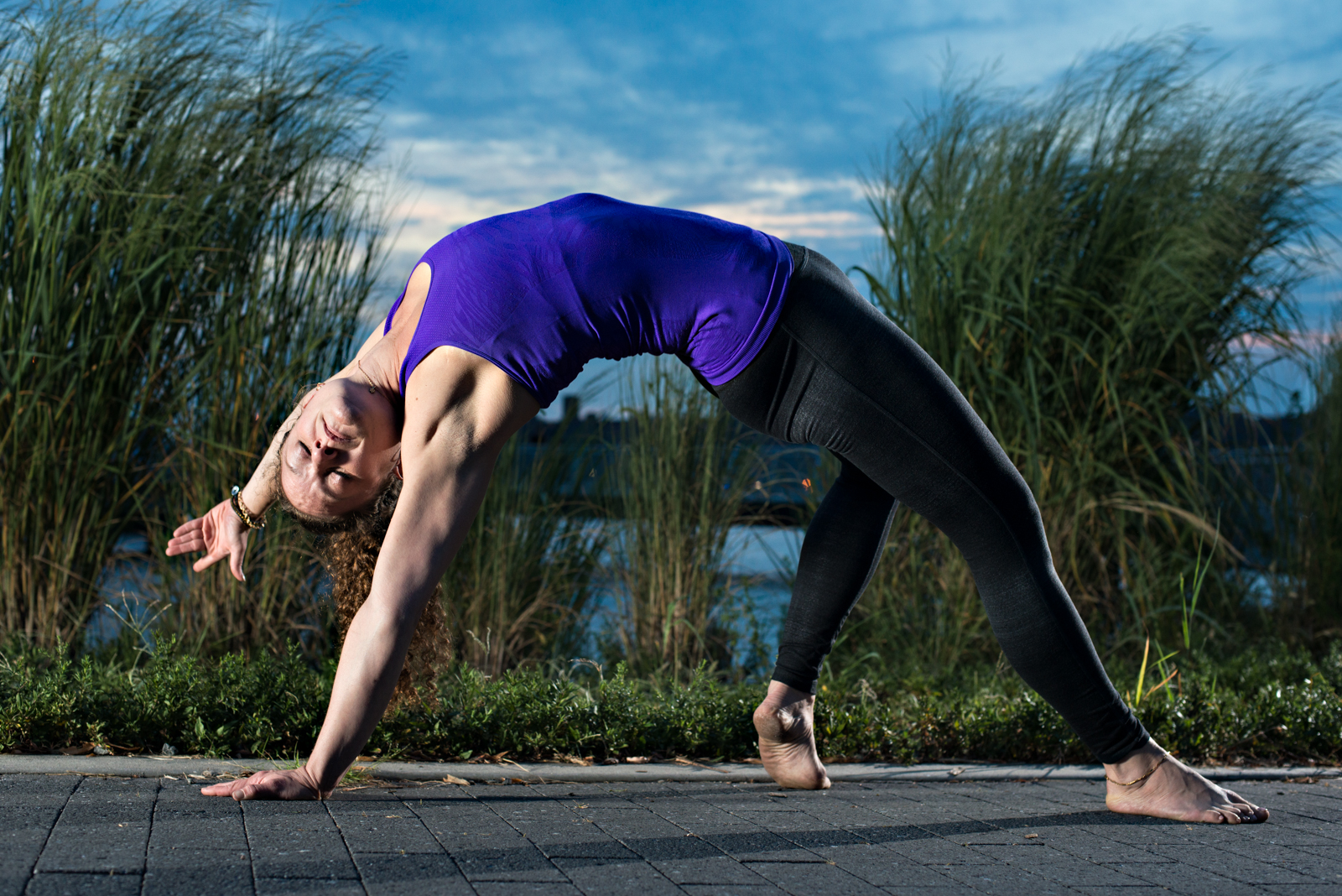 karen-shelley-yoga-backbend-east-river-t