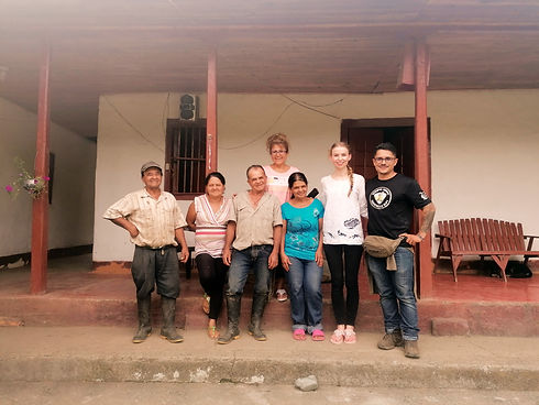 Bauern in Kolumbien unterstützen