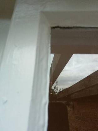 External side window