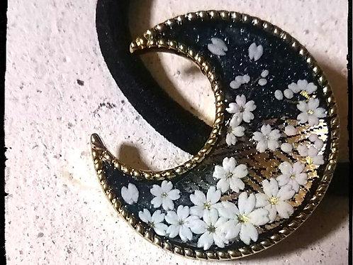爛漫*桜と三日月の光るヘアゴム *遠い星雲