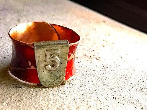 No.5赤いリング