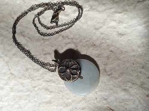翡翠とナガ族真鍮細工のネックレス