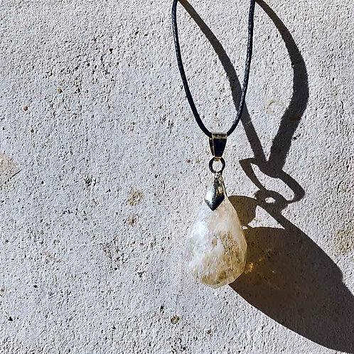 エンジェルブレスアンダラクリスタルカットペンダント~地球の奇跡・癒やしの自然ガラス