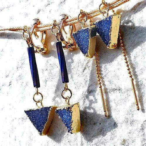 青いドゥルージー*三角のピアスとイヤリング