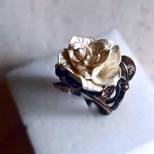 薔薇のリング~パールホワイト