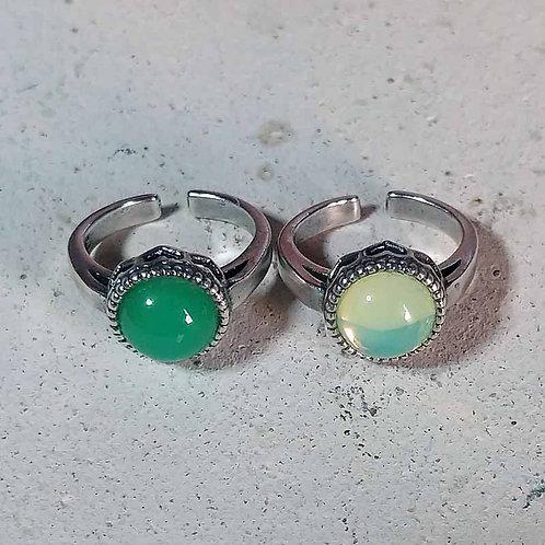 満月の指輪~ウランガラスリング【ver.2】