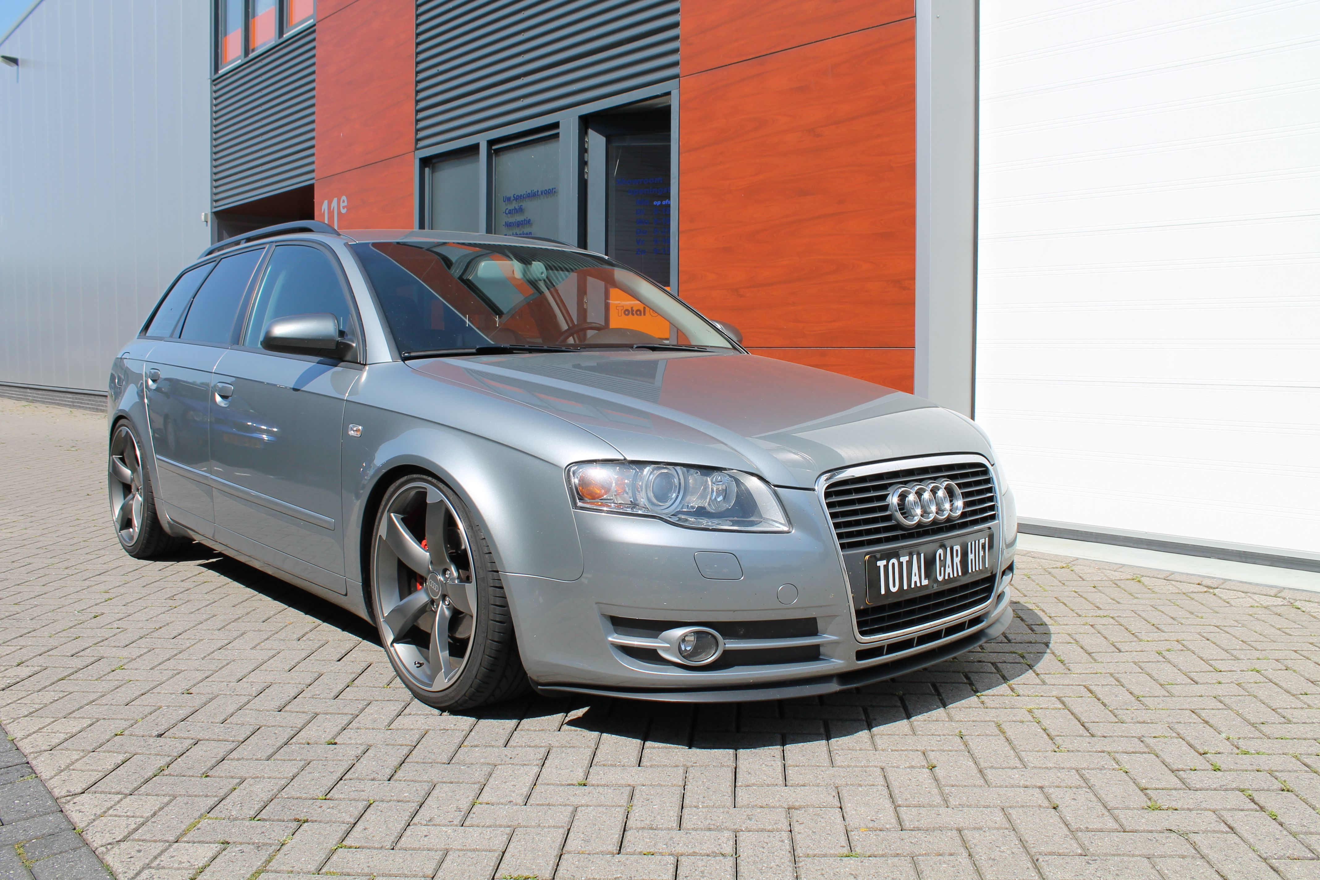 Audi A4 B7 Avant Front Total Car Hifi