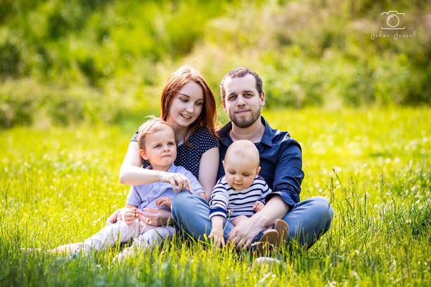 Séance_Famille_Beauvir-38_WEB.jpg