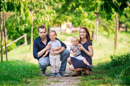 Séance_Famille_Beauvir-3_WEB.jpg