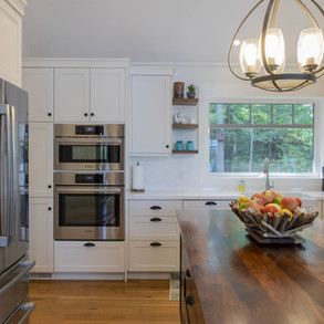 Contemporary Kitchen in Traditional Cottage Build
