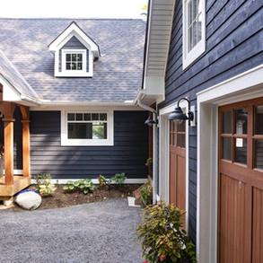 Perpindicular Garage to Cottage