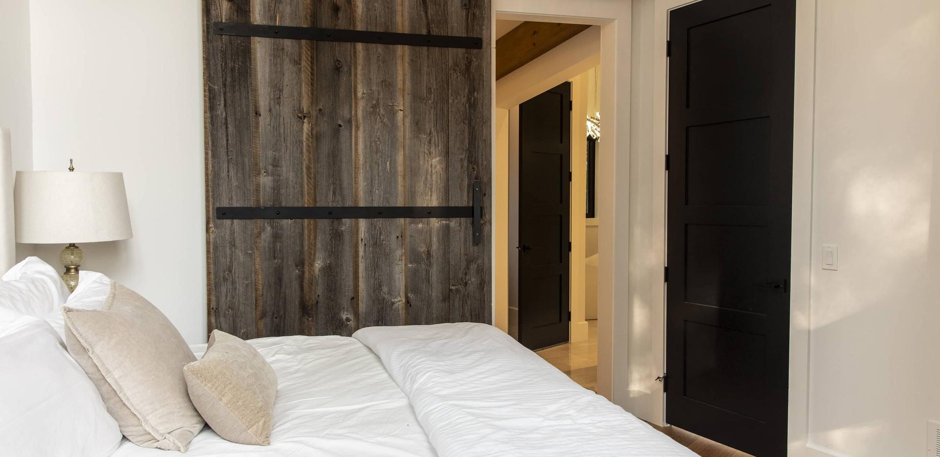 Large Barn Door in Cottage Edenlane Muskoka