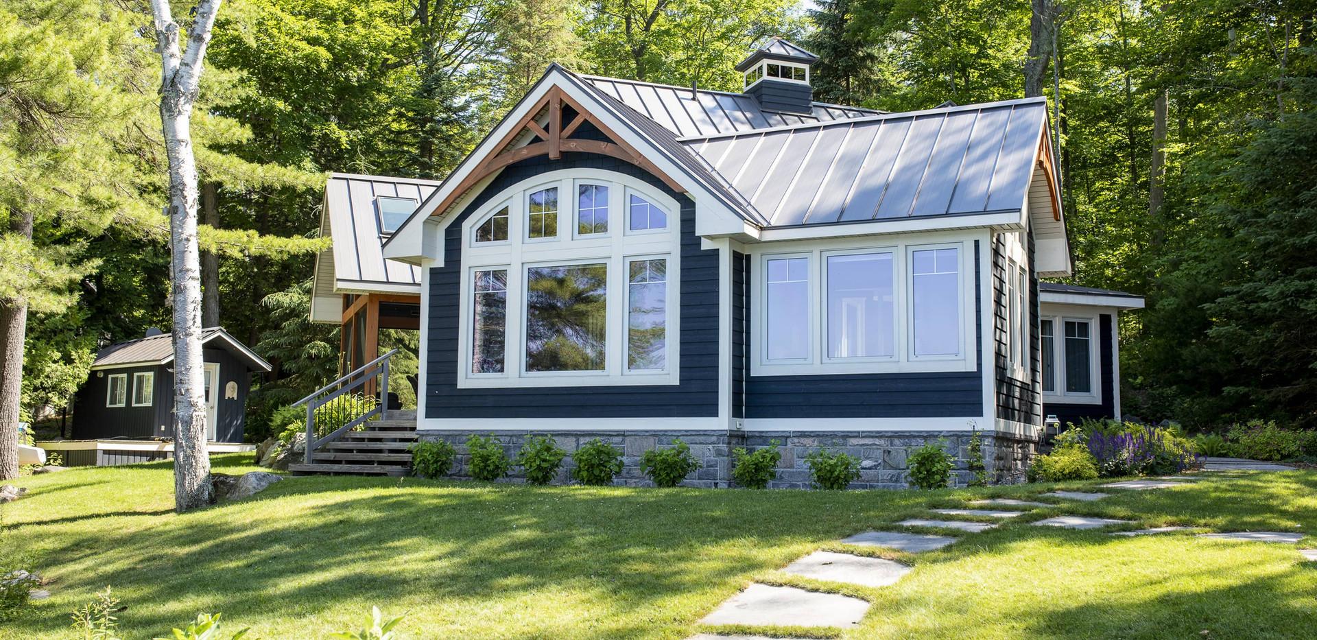 Small Blue Cottage Contemporary Design Edenlane Muskoka