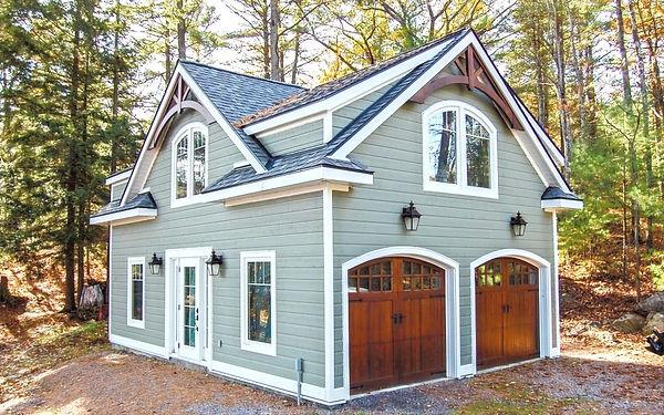 house20-1024x640_edited.jpg