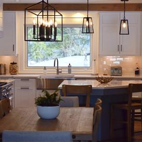 Open Concept Country Farmhouse Cottage Kitchen