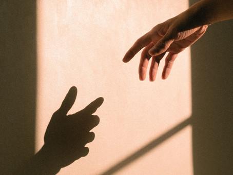 Por que percebemos a sombra como um lugar das vergonhas e falhas e não como lugar de transformação?
