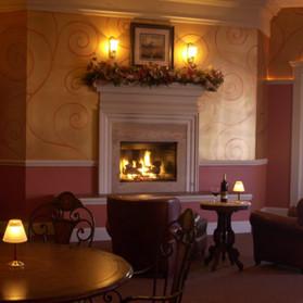 Cocktail Area: Fireside Bar & Lounge