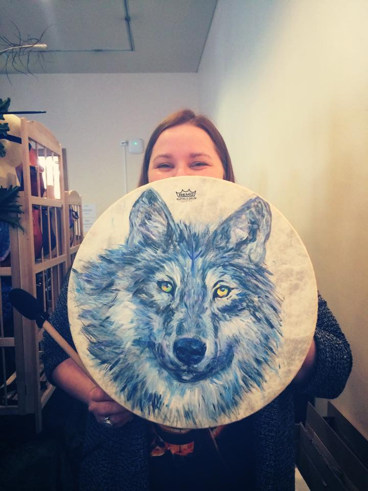 Sian & her Wolfy Drum
