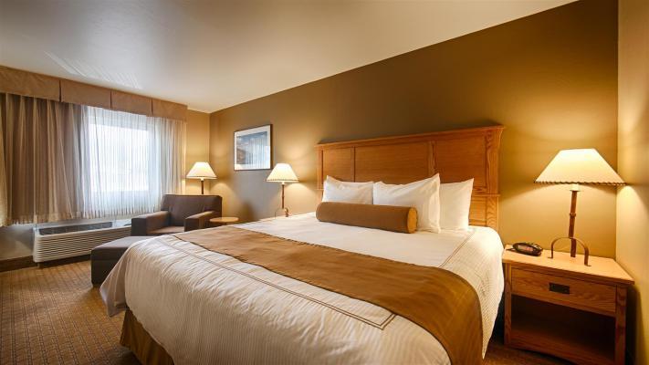 27064_018_Guestroom