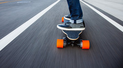 boosted-electric-skateboard-bikelane-100616822-large