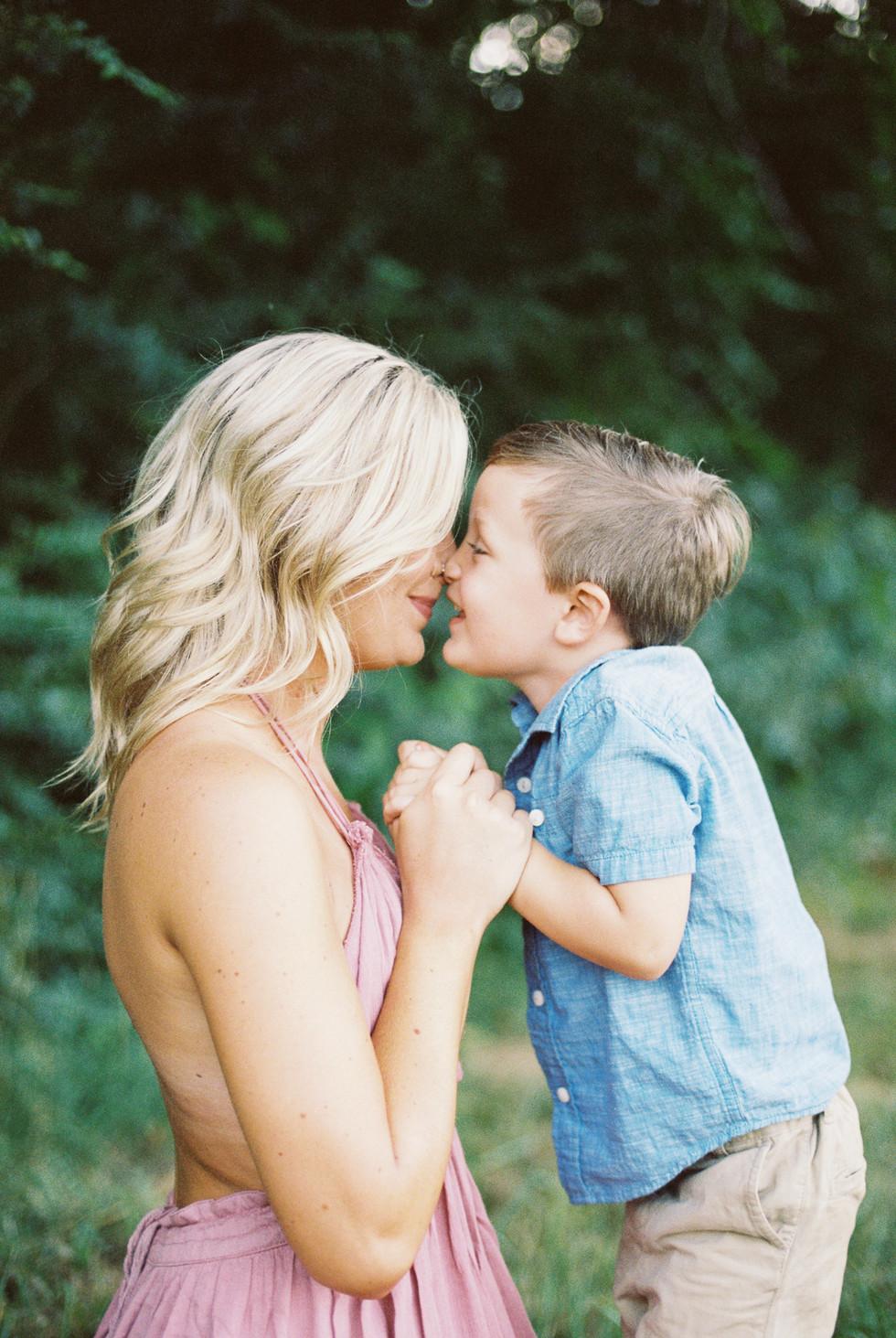 motherhoodphotography-1.jpg