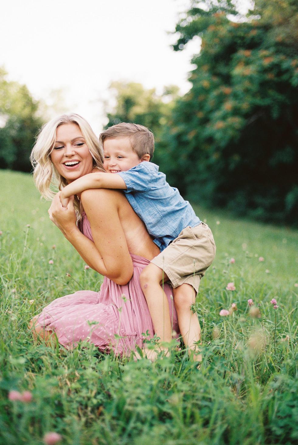 motherhoodphotography-16.jpg