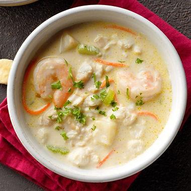 Rich-Seafood-Chowder_EXPS_SDDJ19_225763_