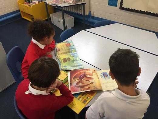 20181008 Library Reading Photos (4).JPG