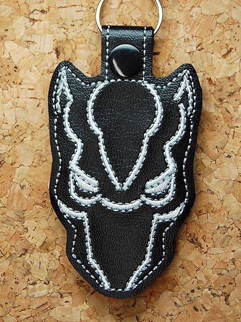 Panther Hero face snap tab key fob - black/white