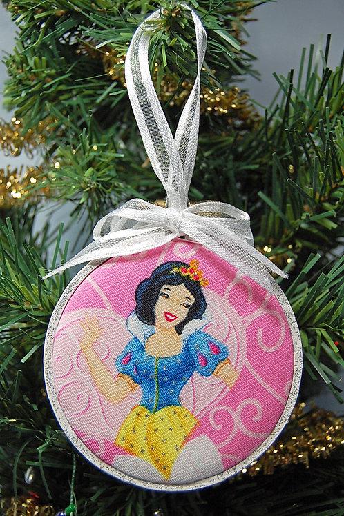 "Snow White hoop ornament - 3"""