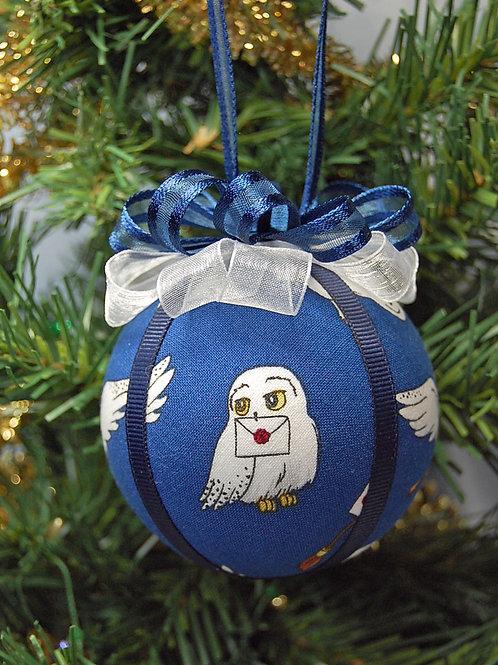 "Wizard Student White Owl ornament - 3"""