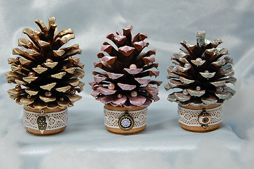 Pine Cone Trees (A) - set of 3 - pastel painted/Shabby Chic