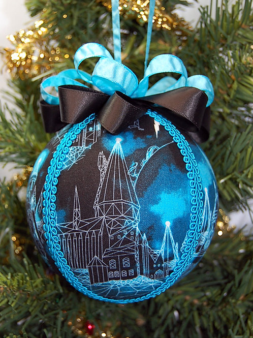 "Wizard School/Castle ornament - 4"""