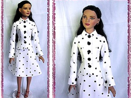 "AM-0602 - Suit Pattern (Jacket & Skirt)-22"" American Model Doll"
