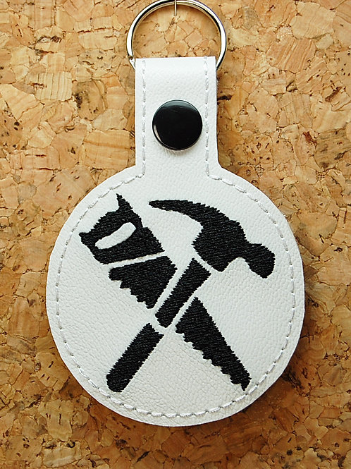 Fort building video game hammer/saw snap tab key fob