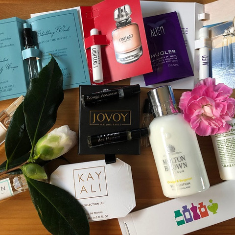 Luxury Layering Discovery Box by The Perfume Society
