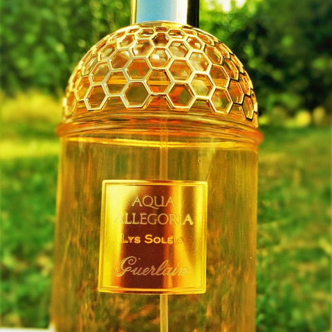 Perfume of the week… Guerlain AA Lys Soleia… Summer dreaming…