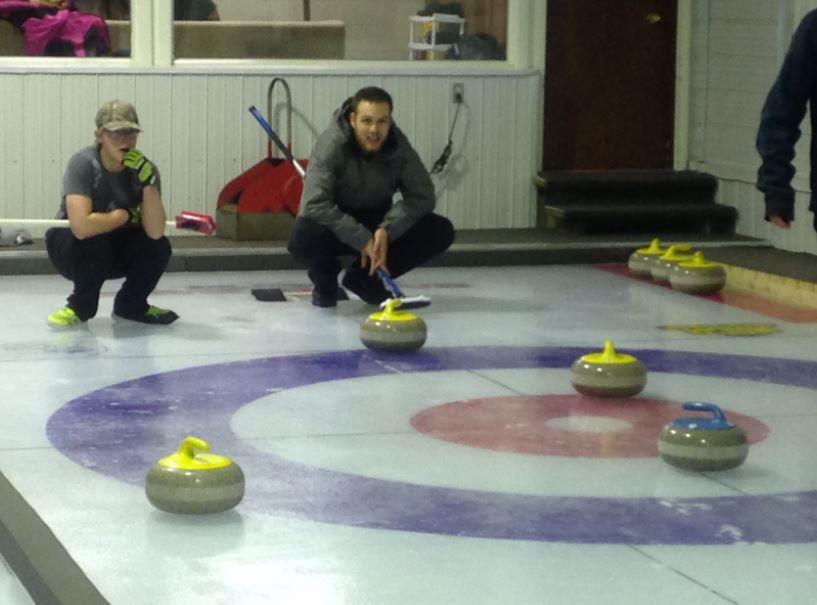 Mukluk Curling