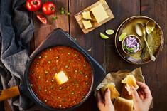 Creative Collaboration: Nitin Tondon, Mumbai, India.  Food Photography | Table Top | pav bhaji | street food | packaging