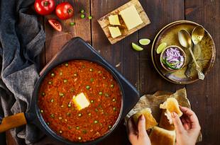 Creative Collaboration: Nitin Tondon, Mumbai, India.  Food Photography   Table Top   pav bhaji   street food   packaging
