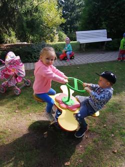 Zábava na zahradě