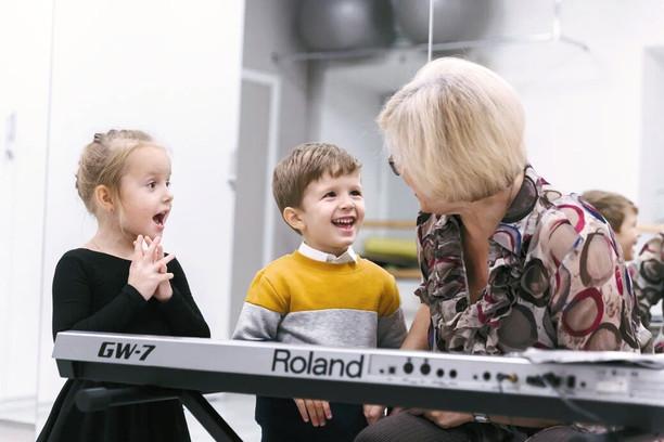 дети на вокале