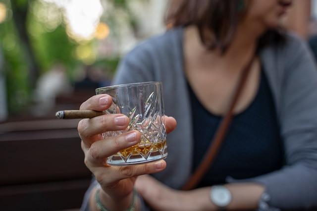 INFORMACIÓN, PREVENCIÓN Y REDUCCIÓN DEL DAÑO: ALCOHOL, CANNABIS Y TABACO